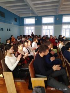 28 ноября 2019 года  , актив фонда «Спасательный круг», во главе с председателем Геннадием Дзгоевым  провели беседу с учащимися  МБОУ СОШ №8 ,п. Южный о смертельных последствиях употребления наркотиков и алкоголя.